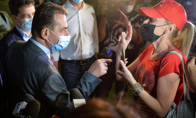 Ludovic Orban, huiduit la Neamţ. Reacţia premierului (Video)