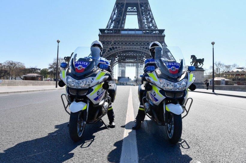 Alertă cu bombă la Paris. Turnul Eiffel a fost evacuat
