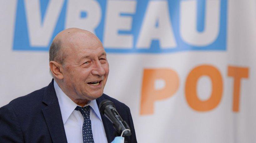 """Traian Băsescu în hohote de râs după aflarea scorului: """"Nicușor Dan nu își va prelua mandatul..."""""""