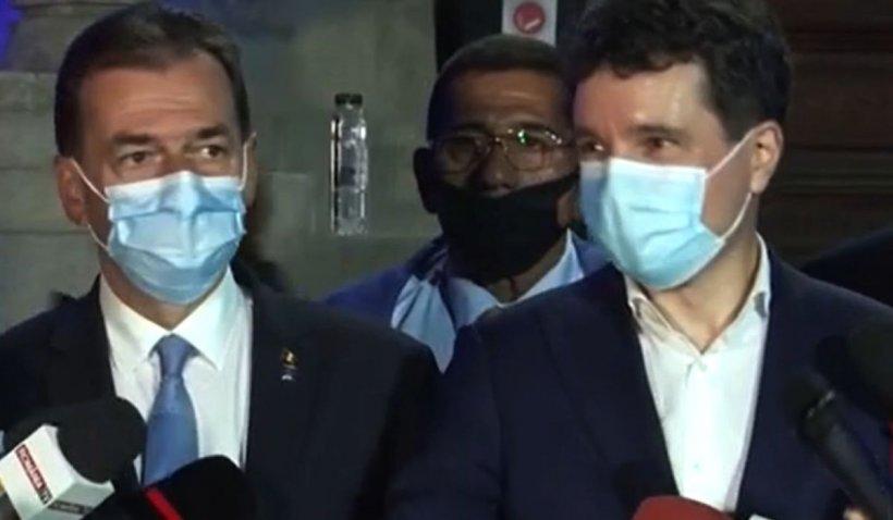 Mihai Gâdea, imaginea serii: Cine sunt cei care au venit să petreacă cu Ludovic Orban și Nicușor Dan