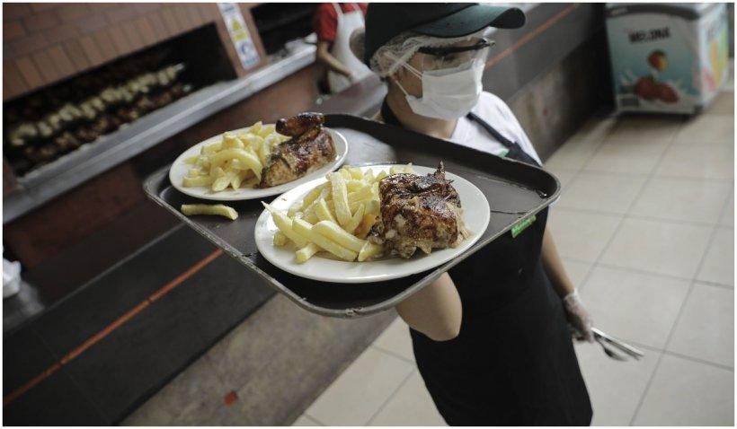 Alertă! Se închid din nou restaurantele în mai multe localități din România