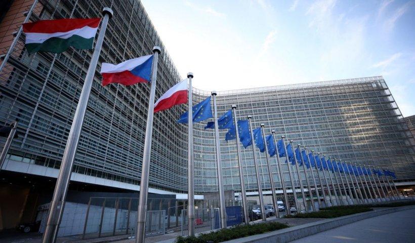 Primul raport al CE privind statul de drept în ţările membre: Măsurile pandemiei au mers prea departe