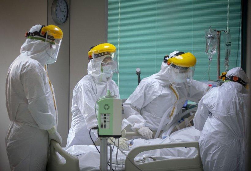 Explozie de COVID în România! Record absolut de îmbolnăviri! Peste 2.000 de cazuri în ultimele 24 de ore