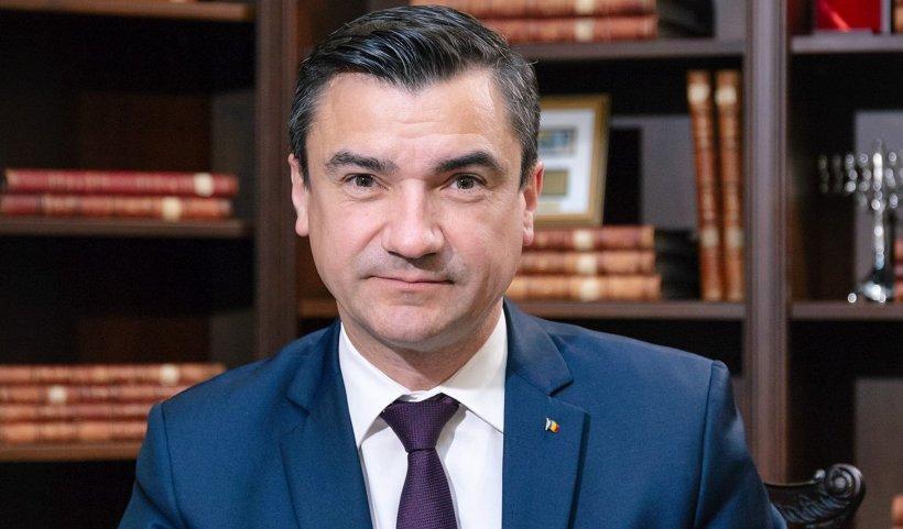 USR-PLUS le dă cu flit liberalilor la Iași. Primarul PNL, acuzat că ar fi corupt și pesedist