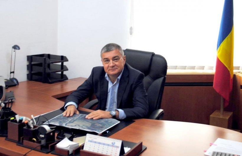 Fostul director de la Apele Române, trimis în judecată pentru luare de mită un milion de euro