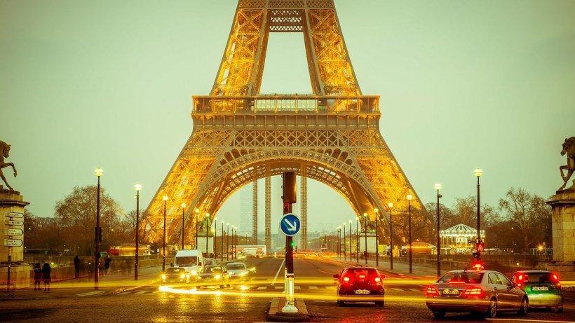 Noi restricții în Paris din cauza numărului mare de infectări cu COVID-19