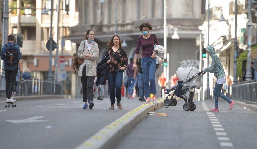 Restricții dure anti-COVID în București. Procesiunile în aer liber, interzise. Restaurantele, închise. Când ar urma să intre în vigoare