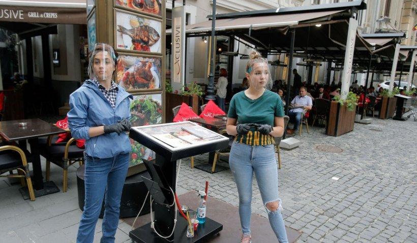 """Disperare în HoReCa: 12 mii de restaurante se închid, de miercuri, în Capitală. """"Pragul de 1,5 la mie este fals"""""""