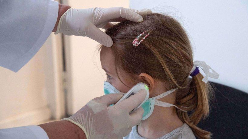 Sezonul virozelor respiratorii a debutat în forță la Buzău. Zilnic, aproximativ 30 de copii ajung la spital cu febră mare