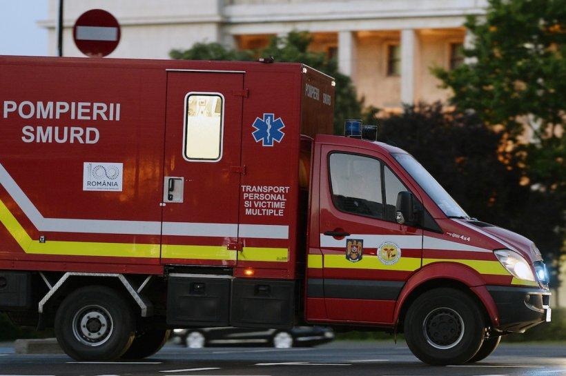 Microbuz cu 11 copii, implicat într-un accident în Ploiești - Șoferul, de urgență la spital