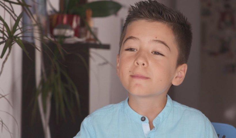 Nicolas, copilul care crede în Dumnezeu și în șansa că, într-o zi, va putea merge