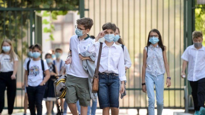 Ședință de urgență a CNSU București! Se ia în calcul închiderea tuturor școlilor din Capitală