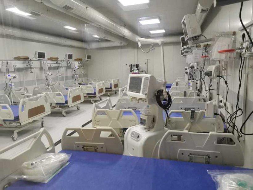 Spital de 14 milioane de euro cu lacătul la uşă, în plină explozie a numărului cazurilor de COVID-19
