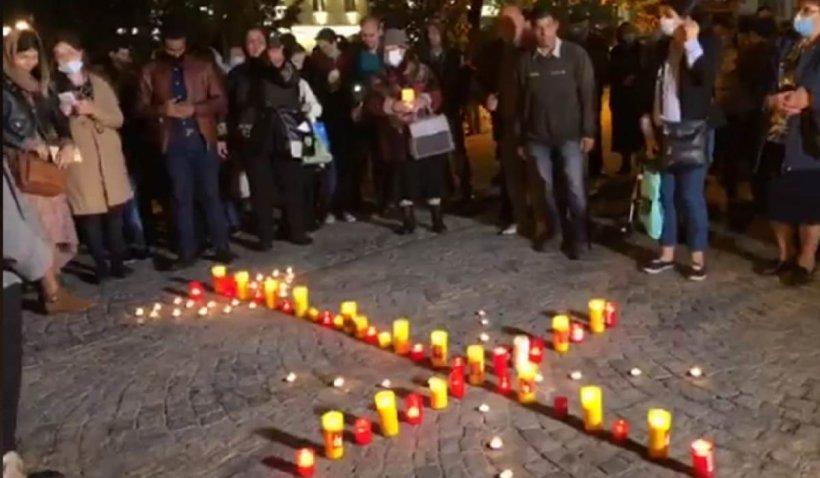 """Mitropolia Moldovei, apel către credincioşii care participă la proteste: """"Înțelegem durerea lor. Îi rugăm să fie pașnici, să respecte regulile"""""""