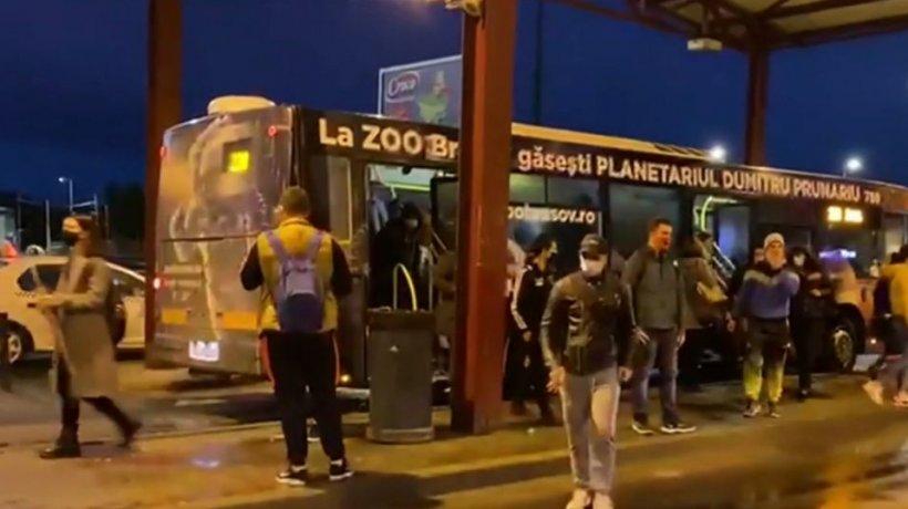 Elevii din Brașov, în pericol de infectare cu noul coronavirus: ''În acest autobuz, nu se poate păstra niciodată distanţa!''