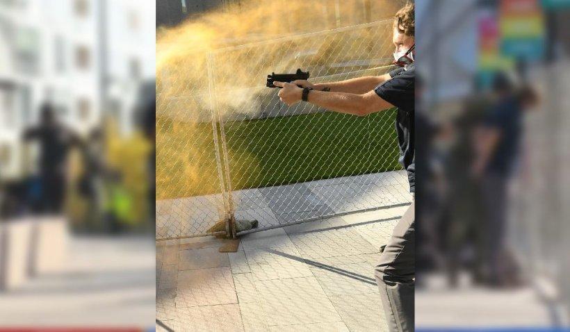 Bodyguardul unui post TV a împuşcat mortal un protestatar de dreapta, după o altercaţie