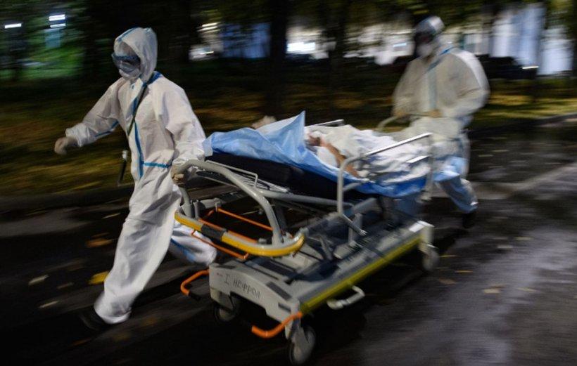 """OMS, mesaj în plină pandemie: """"Reîntoarcerea la izolare trebuie să fie ultima soluţie"""""""