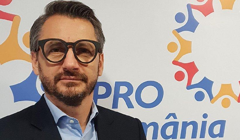 """Constantin Iacov (Pro România) despre Orban şi Ciolacu: """"Unicul lor scop este acela de a rămâne în funcții și astfel, ei și familile lor mafiote, să nu ajungă în pușcărie, precum idolul lor, Dragnea"""""""