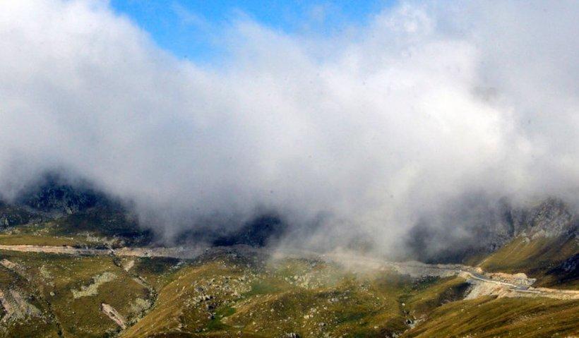 Transfăgărășan și Transalpina, închise pe sectoarele de munte începând de marți