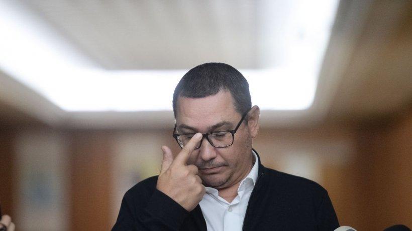 """Ce a pățit Victor Ponta la un restaurant: """"E o bătaie de joc! Hai domnule, îți bați joc de mine?"""""""
