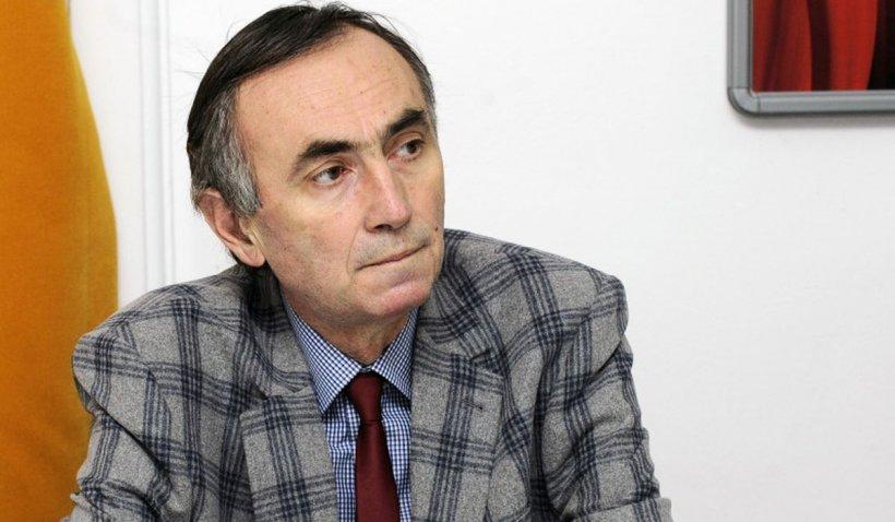 A murit jurnalistul şi scriitorul Radu Călin Cristea, membru al Consiliului Național al Audiovizualului (CNA)