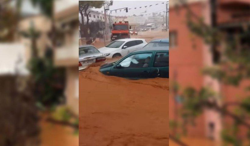 Inundaţii devastatoare în Creta. Sute de case luate de ape şi maşini aruncate în mare