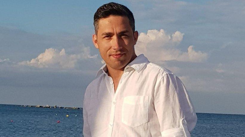 Cine este tânărul medic desemnat de Iohannis pentru a coordona campania de vaccinare anti-COVID