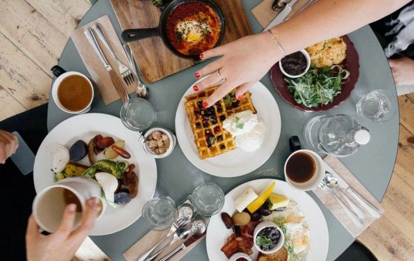 """Mare atenție! Acestea sunt obiceiurile zilnice care ne îmbolnăvesc. Dr. Haidar: """"Mâncarea contează cel mai mult pentru sănătate"""""""