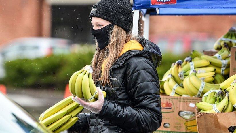Benefiicile bananelor - Reglează tensiunea și ajută la flora intestinală