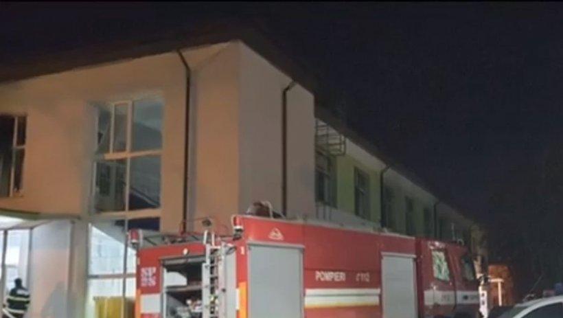 Anchetă la Spitalul din Neamţ, după incendiu. Poliţia verifică şi camerele de supraveghere
