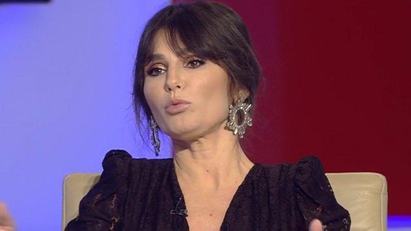 Dana Budeanu: ''Plătim taxe ca să mergem la spital, să intrăm cu mască, fără, cum vrem noi, când vrem noi. Toţi medicii sunt obligaţi să ne trateze!''