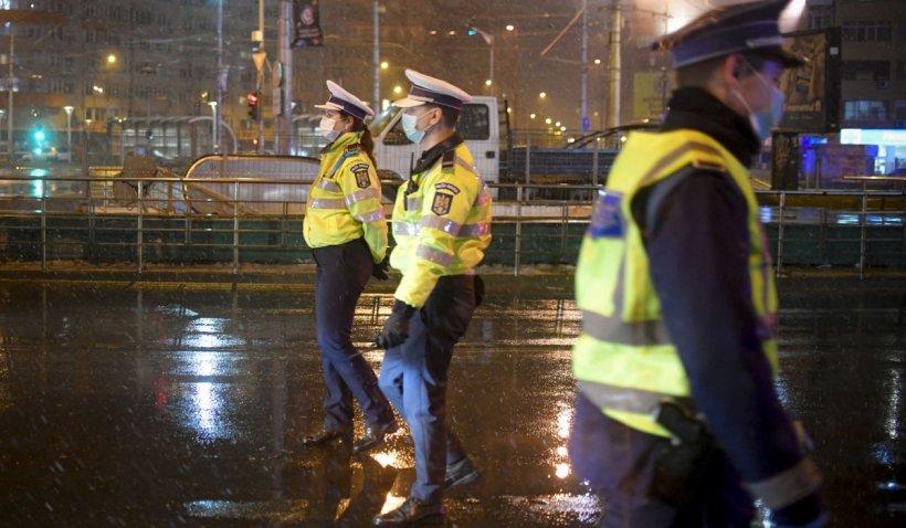 Super lovitură în pandemie! Bastoane cu şocuri din China pentru poliţiştii români