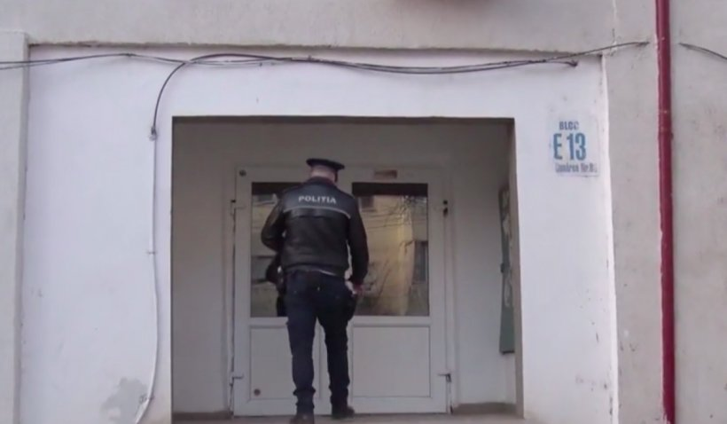 S-a înjunghiat în inimă de Dragobete! Un bărbat din Galați s-a sinucis în fața apartamentului pentru că soția nu l-a mai primit acasă