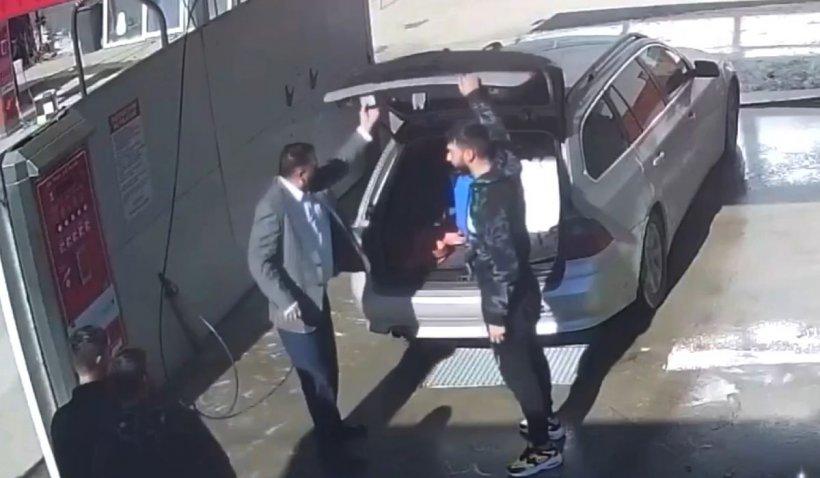 """""""Bombardieri"""" cu BMW, filmaţi când fură detergent de la o spălătorie auto din Bascov"""