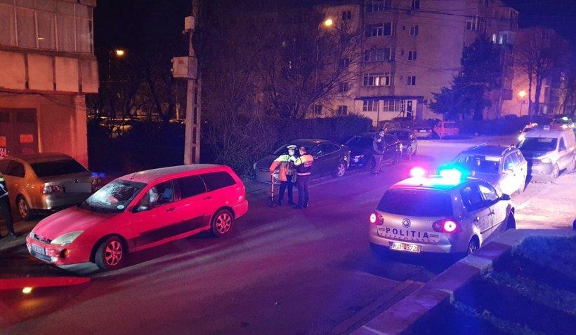 Un şofer fără permis a lovit 10 maşini parcate pe o stradă din Constanţa