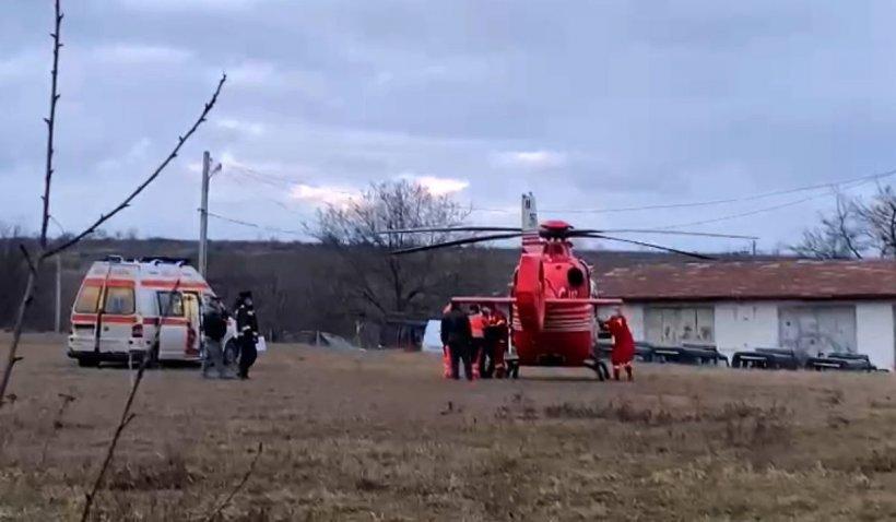 Doi copii au ajuns la spital cu arsuri grave după ce s-au opărit cu borș moldovenesc. A fost chemat elicopterul SMURD