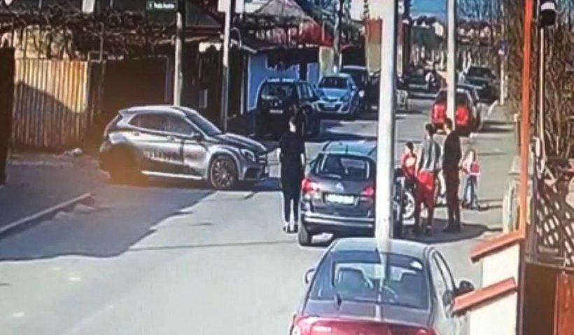 Accidentul în care două fete au murit în cartierul Andronache din  Bucureşti, filmat de o cameră de supraveghere | Antena 3