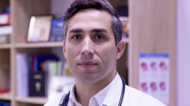 """Dr.Valeriu Gheorghiță: """"Vrem să creștem pragul pentru vaccinul AstraZeneca la 65 de ani sau să îl eliminăm!"""""""