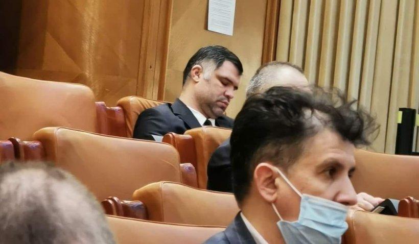 """Deputatul PNL Claudiu Chira, despre deputatul Daniel Ghiţă, fost luptător K1: """"Avem un Şoşoc şi în Camera Deputaţilor"""""""