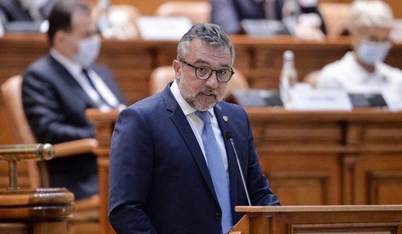 """Lucian Romaşcanu: PNL şi cei din coaliţie vă propun sloganul lor pe 2021: """"Prin voi înşivă!"""""""