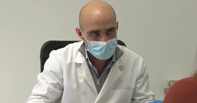 """Un medic care a tratat sute de bolnavi COVID, fără ca vreunul să ajungă în spital este acum șomer: """"Povestea mea se termină cu un gust amar"""""""