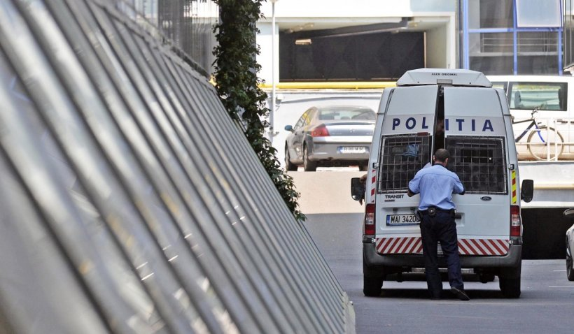 Un bărbat din Satu Mare reținut pentru omor s-a sinucis în arestul poliției