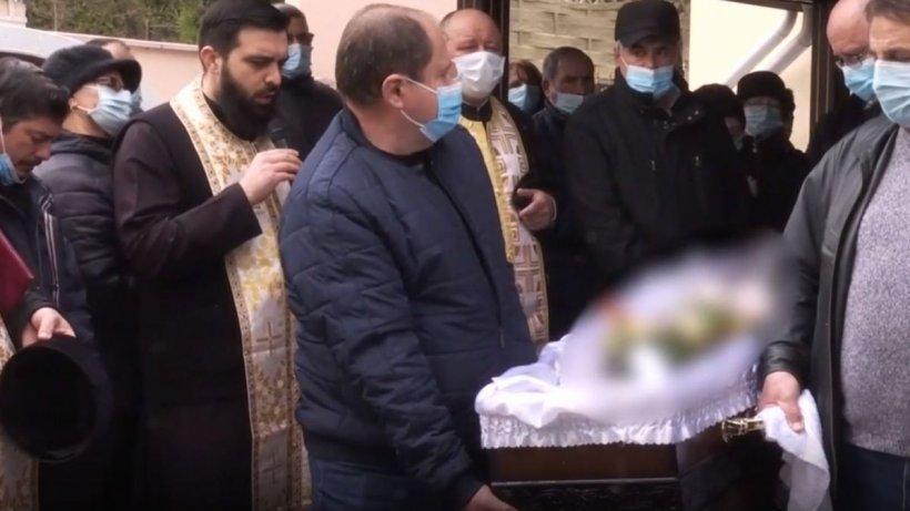 Imagini de la înmormântarea lui Silviu Iştoan, victima lui Gheorghe Moroşan