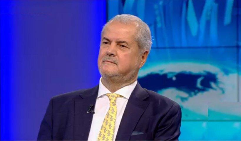 Adrian Năstase, dezamăgit de PSD: Sunt penibili în încercările de a se înţelege cu Iohannis