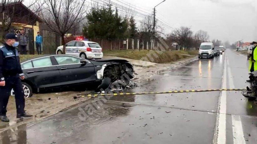Cinci fotbaliști au fost răniți într-un accident rutier. Imagini cu impactul puternic dintre cele două mașini