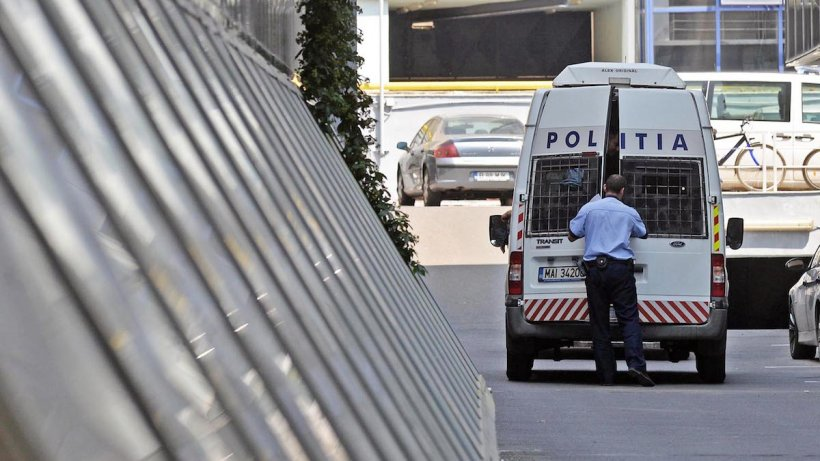 Un bărbat din Iaşi și-a ucis iubita în ziua de Mărțișor. Cuprins de remuşcări, şi-a anunţat familia după ce a petrecut o săptămână cu cadavrul în casă
