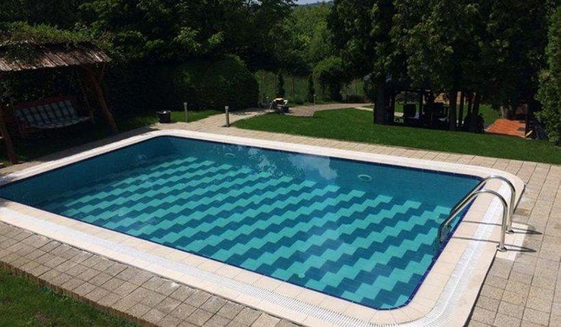 Alege să lucrezi cu un constructor piscine cu experiență