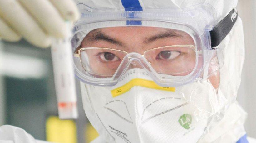 Diplomații au avertizat în 2018 cu privire la experimentele riscante de coronavirus într-un laborator din Wuhan