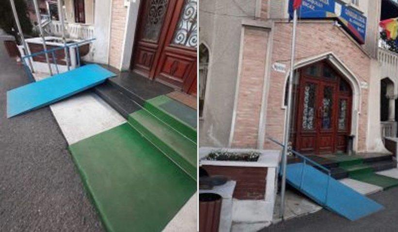Primăria Bicaz a construit o rampă pentru persoane cu handicap care duce direct în zid