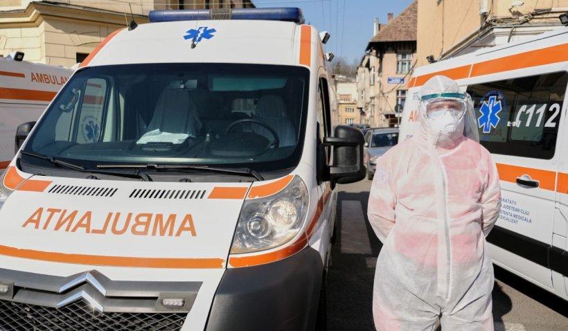 Serviciul de Ambulanţă, în prag de colaps la un an de la pandemie. Peste 1.000 de solicitări zilnice doar pentru COVID-19